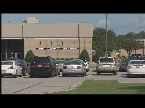 Students report near empty classrooms after North Augusta High School threat