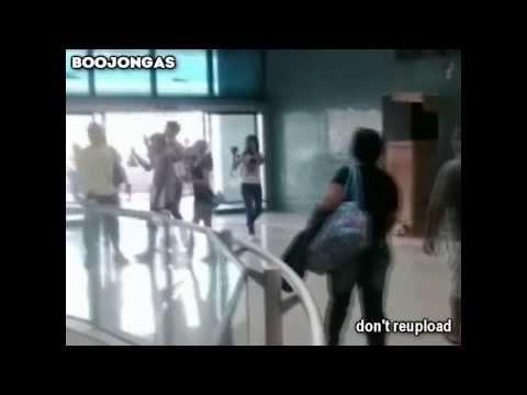 160314 Kangin e Hyuk no Aeroporto de Manaus