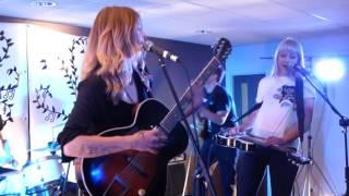 LARKIN POE Live at Parley 24-06-2016.
