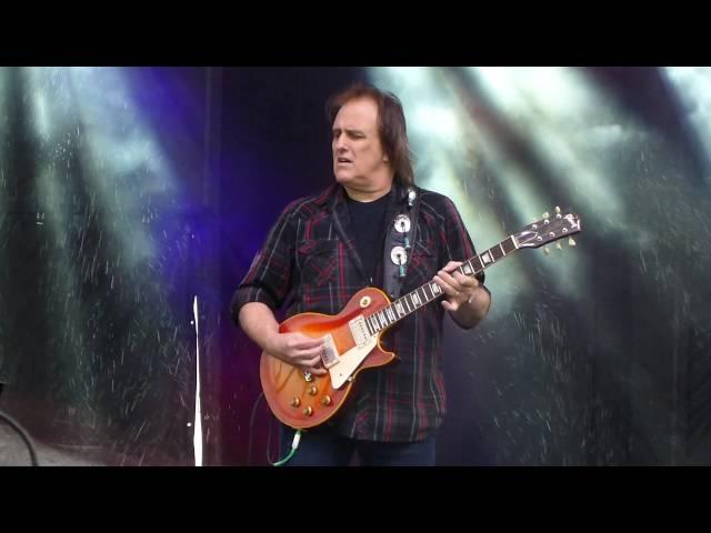 john-mayall-the-bear-5-21-16-chesapeake-bay-blues-festival-1anitrasdance