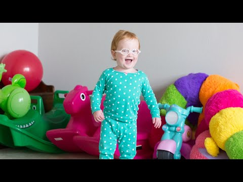 Redhead Hazel Busby Is Happy In Her Own World | OutDaughtered