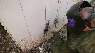 ремонт ворот, замена петель