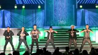 New Kids on the Block, Backstreet Boys Perform as Supergroup - best moments