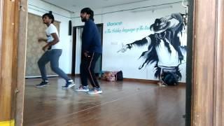 AMMADU Lets Do KUMMUDU - Full Song Dance | Khaidi No 150 | Chiranjeevi, Kajal | DSP