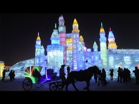 Harbin Ice and Snow World 2013 welcomes first visitors