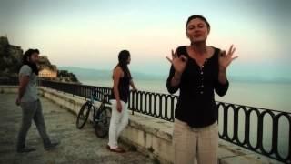 Σφύριξε Χαρούμενα... Μπορείς   Bright Side of Life in Greek Sign Language GSL