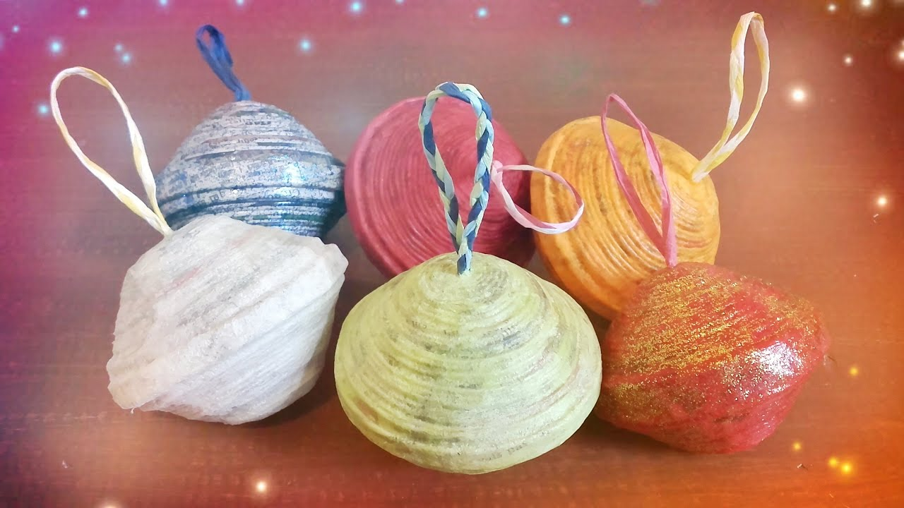 Boules de no l en papier journal youtube - Boule de noel en papier a faire soi meme ...