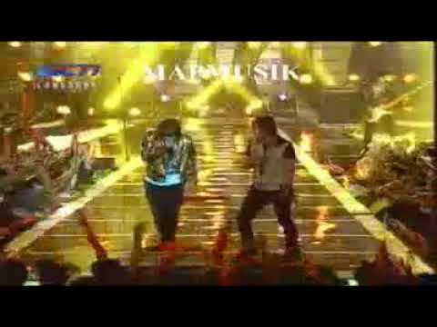 Kangen Band Feat Charly Setia Band - Doy (Konser World Cup 2010)