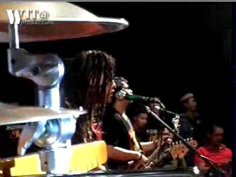 Tony Q Rastafara live BLORA _cahayamu