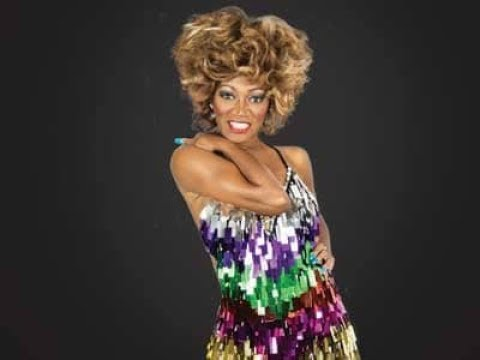 Tina Turner -  Proud Mary : Rolling On The River At Legends Concert