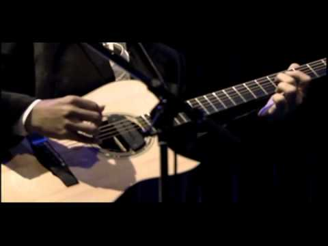Kotaro Oshio plays FIRST LOVE