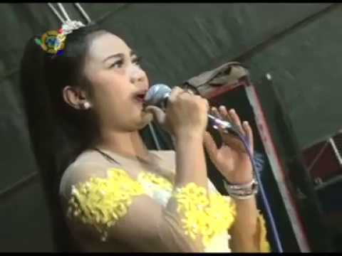 Safa Ananta # Langgam Imbangono Katresnanku # Satria Live Ploso