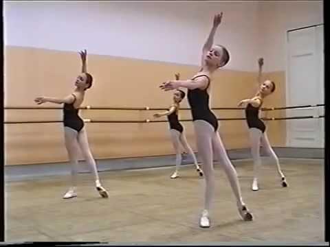 Vaganova Ballet Academy - girls, 2nd class