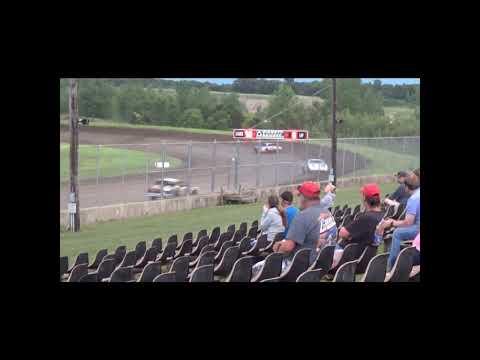 Hobby Stock Amain. - dirt track racing video image