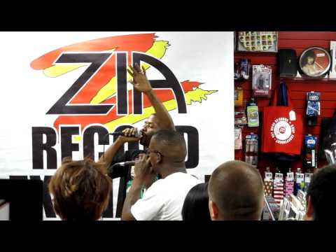 MURS and Fashawn at Zia Records in Tempe, AZ