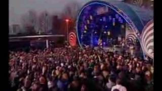 Red hot chili peppers - Desecration Smile (TOTP06)