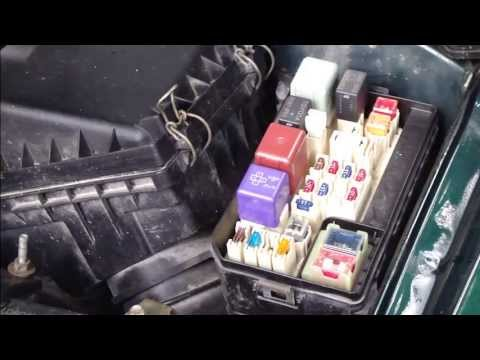hqdefault how to fix radiator fan reley issue toyota corolla years 2000 to 2002 Toyota Solara Fuse Box at crackthecode.co