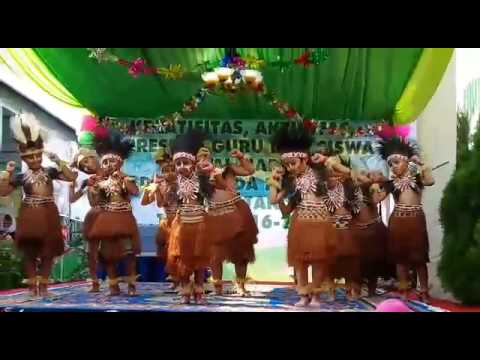 Tarian Papua Yapo Mama Cica