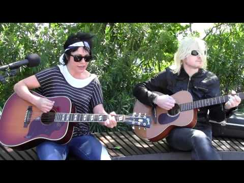 """The Superjesus """"Gravity"""" (2014) LIVE and Acoustic on the AU sessions"""