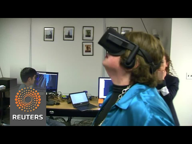 Doctors use virtual reality to help patients suffering from neurological balance problems