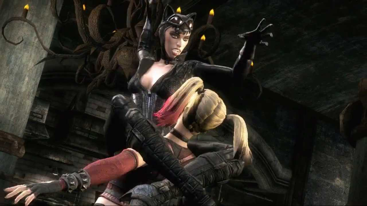 Catwoman And Harley Quinn Kiss