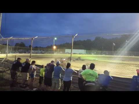 Limerock Speedway 600 wingless feature 7/30/16