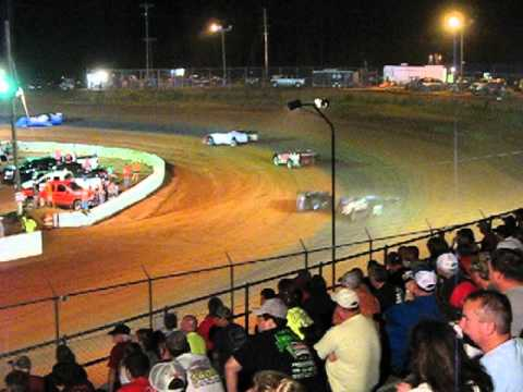 Crate Late Model Feature lap15 26 Cochran Motor Speedway 6Jul2013