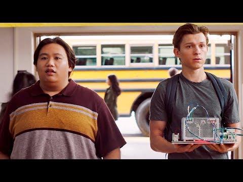 Питер Паркер в рекламе Audi E-Tron GT и фильма Человек-паук: Вдали от дома