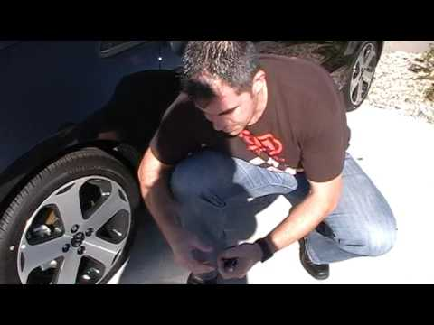 How To Check 2016 Kia Rio Tire Pressure | Kia of Mankato | Southern Minnesota Kia Dealership