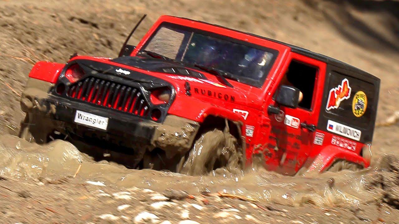 Extreme MUD Challenge   Jeep Rubicon VS Toyota FJ Cruiser 4x4 – Wilimovich