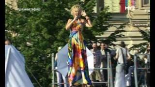 ВАЛЕРИЯ - Капелькою. День России 2010