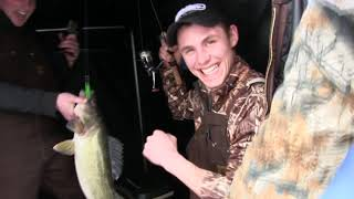 insane ice fishing!  lake erie walleyes