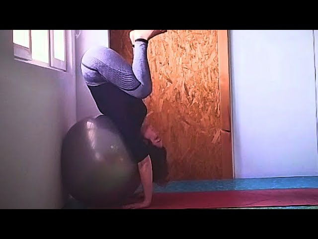 Handstand 👉 Aprende a subir en 2 minutos 🤸| Yoga con NataZen