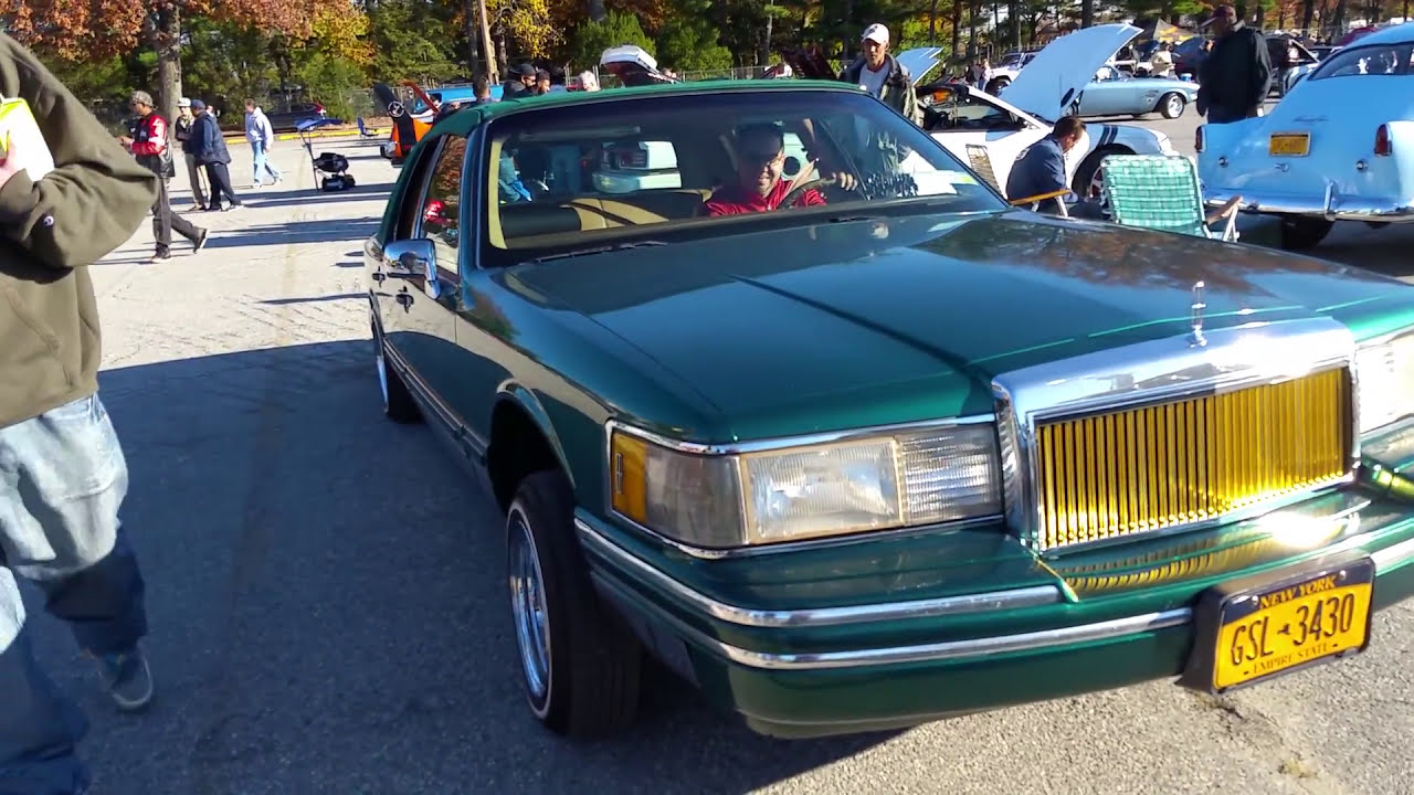 1994 Lincoln Town Car Lowrider