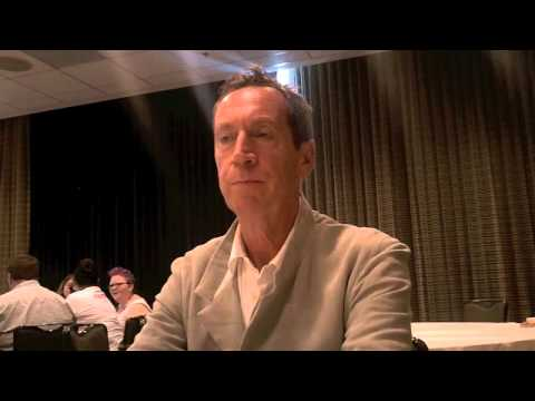 Comic-Con 2015: The Strain's Jonathan Hyde on His New Assistant