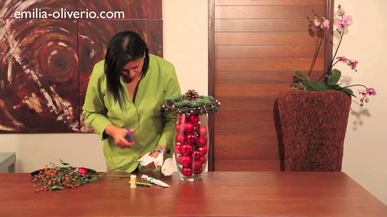 Bouquet De Noel Avec Du Houx boules de noël