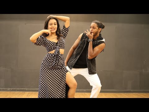 AANKH MAREY | NEHA KAKKAR Dances To Her Own Song | Melvin Louis