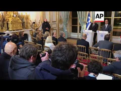 Hollande meets Greek President Pavlopoulos
