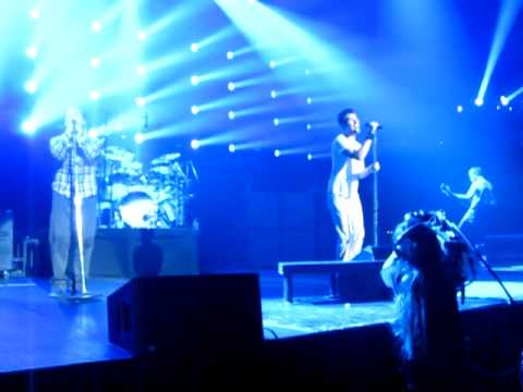 311-beyond-the-grey-sky---live-at-311-day-2012
