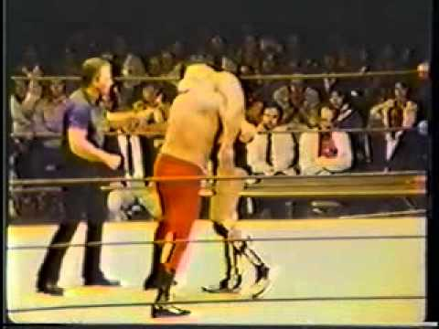 Blackjack Mulligan vs Big John Studd