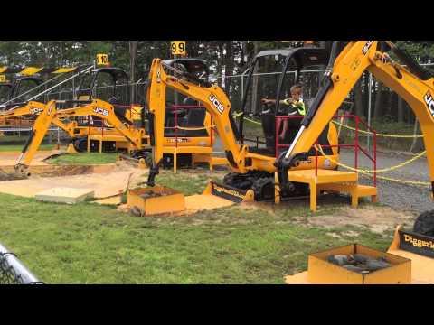 Diggerland, USA, Construction Theme Park, Excavators, Tractors, Back Hoes