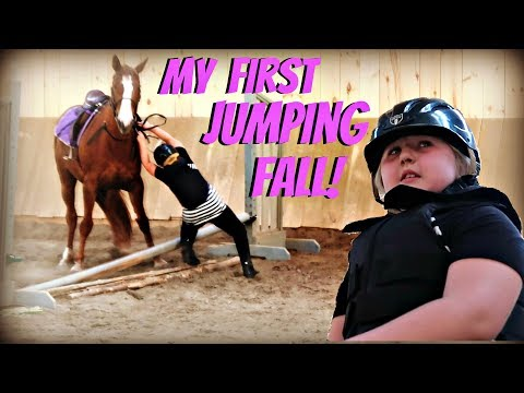 FIRST FALL JUMPING MY HORSE! Day 143 (05/23/18)