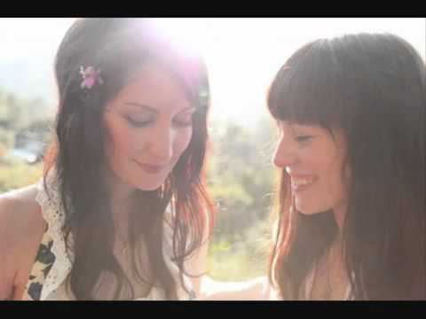 Azure Ray (Maria Taylor & Orenda Fink) - Shouldn't Have Loved