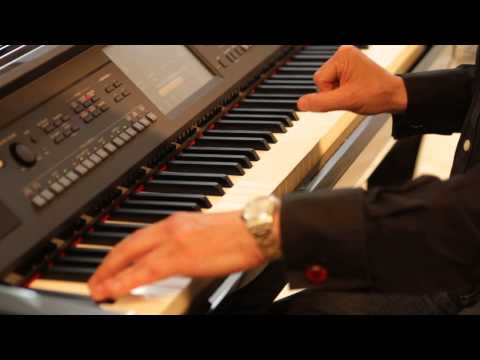 Jools Holland explores the Yamaha CVP-609 Clavinova