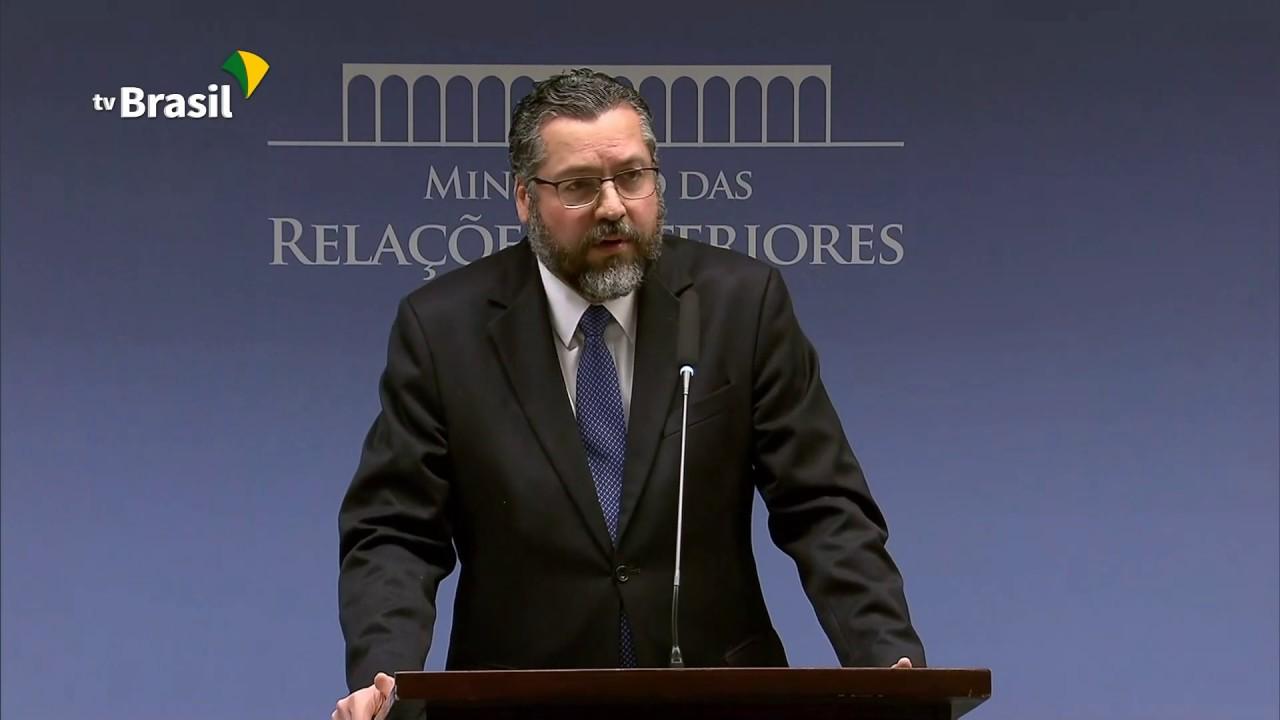 Coletiva com o Ministro das Relações Exteriores, Ernesto Araújo.