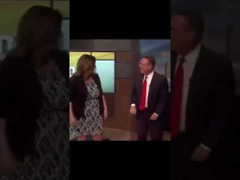 Fox News anchors dancing (best version)