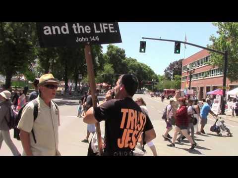 Portland Oregon Market 6/6/15 Street Preaching