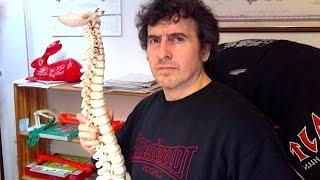 Bonnes et mauvaises positions du cou en musculation.