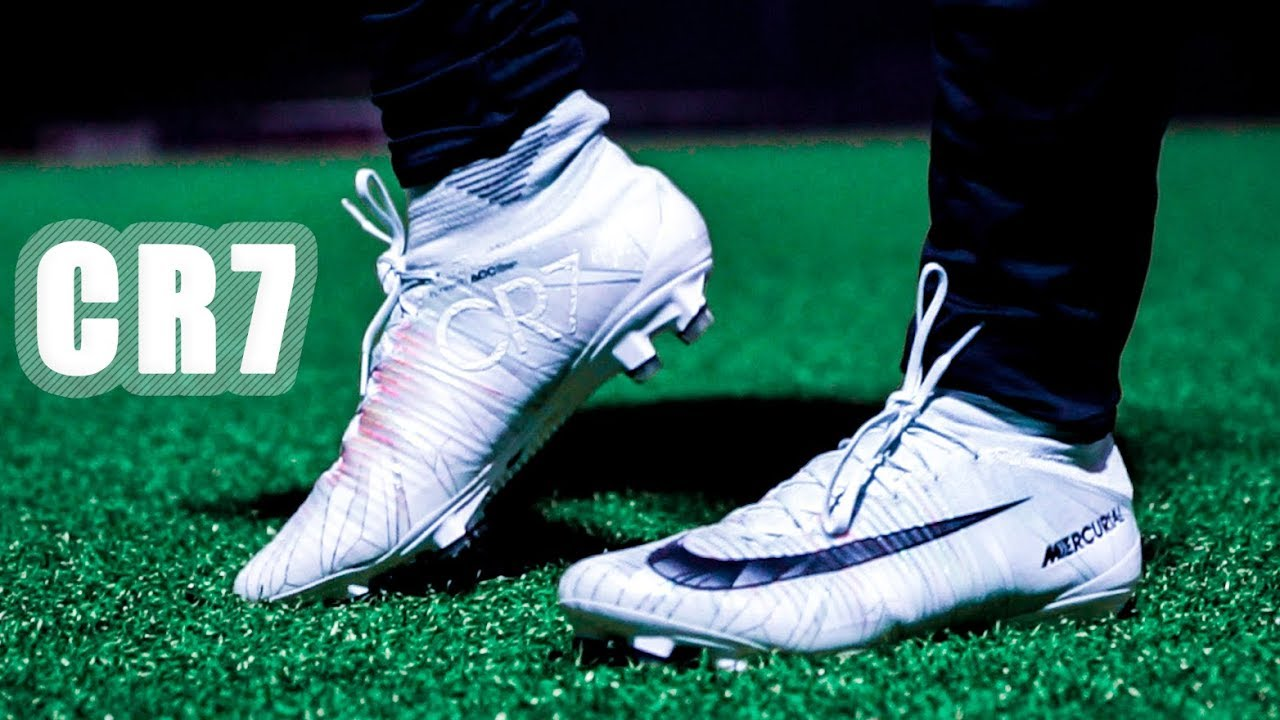Cristiano Ronaldo Boots Test | Nike Mercurial Superfly 5 | CR7 REAL 2018