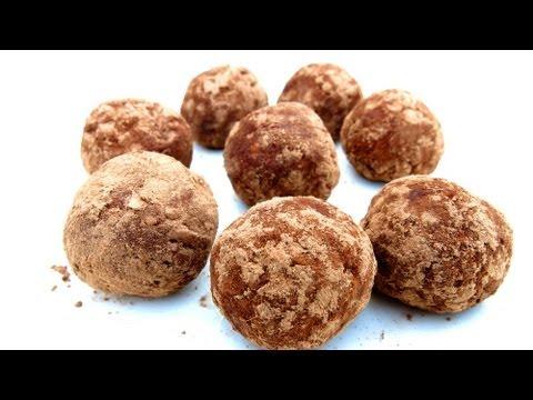 3 INGREDIENT CHOCOLATE PEANUT BUTTER BALLS